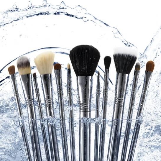 Sigma Beauty Titanium Brush Set 2
