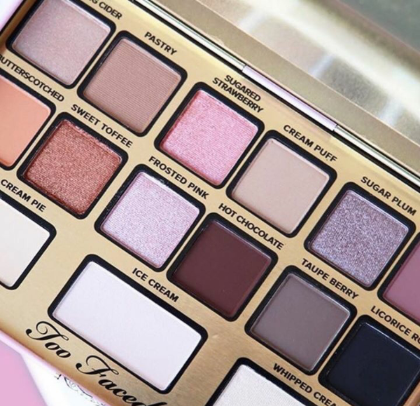 Too Faced X Kandee Johnson I want Kandee Eyeshadow Palette